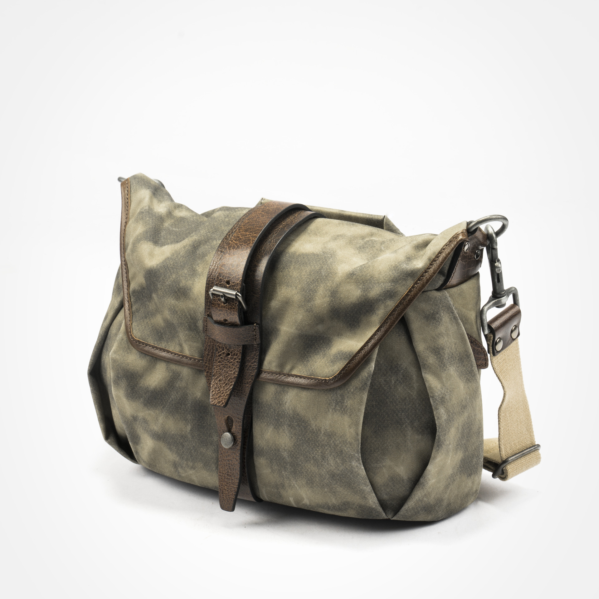 Trooper Camera Bag S Size Handmade Camera Bags Backpacks Daily Bags Watch Straps Wotancraft