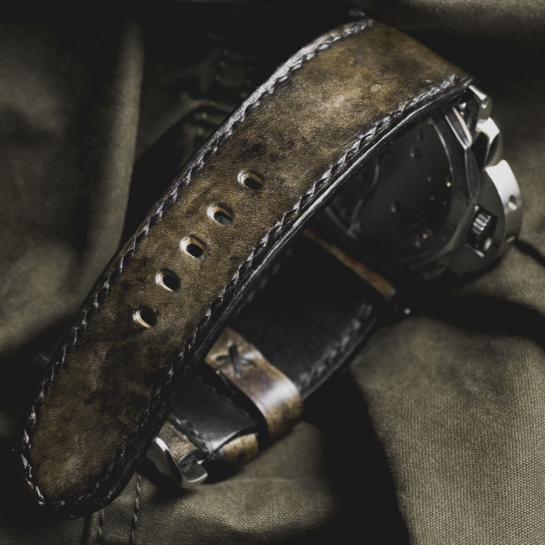 """CAMOUFLAGE"" HAND-DYED COWHIDE LEATHER STRAP, SWAMP GREEN (for Panerai)"