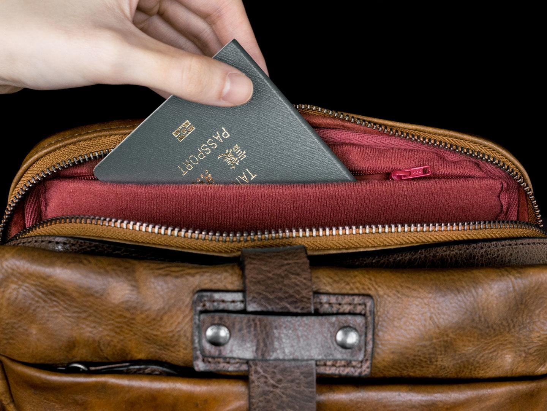 MINI RIDER interior pocket.
