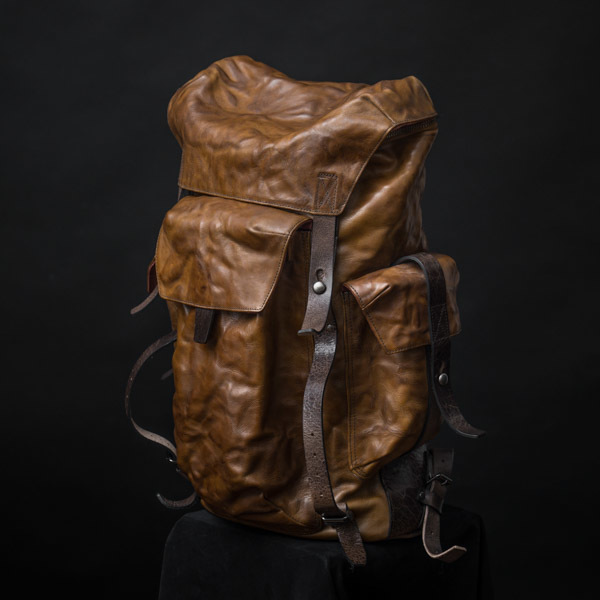 """PHANTOM"" LEATHER BACKPACK - 60 days preorder"