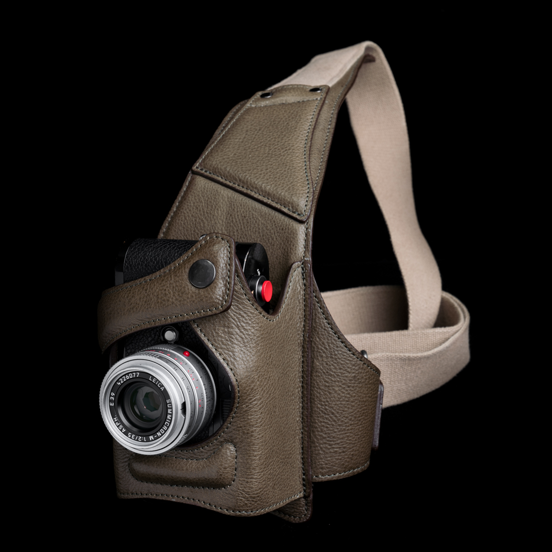 """PYTHON"" FULL LEATHER CAMERA HOLSTER - 60 days preorder"