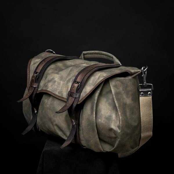 """TROOPER"" CORDURA ® NYLON CAMERA BAG (size L)"