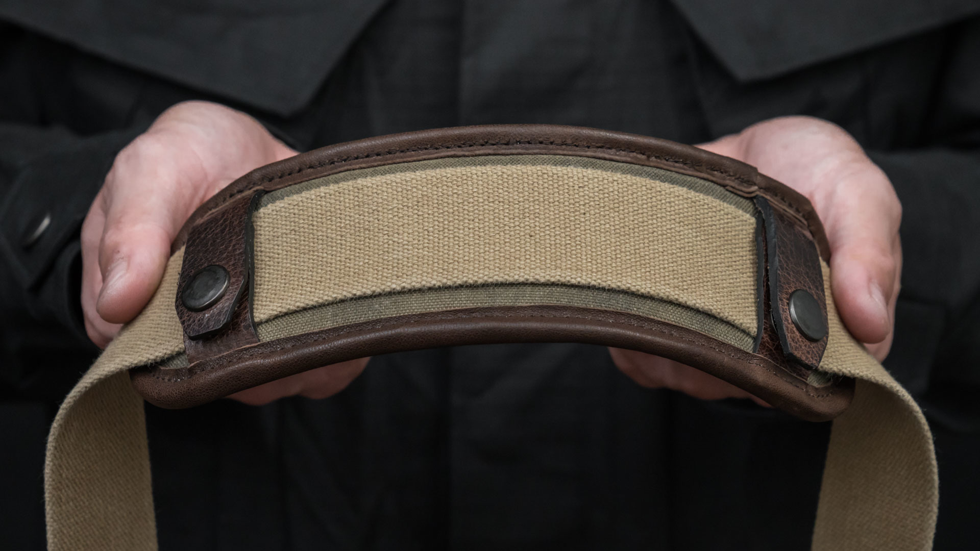 Latex foam embedded shoulder strap pad.