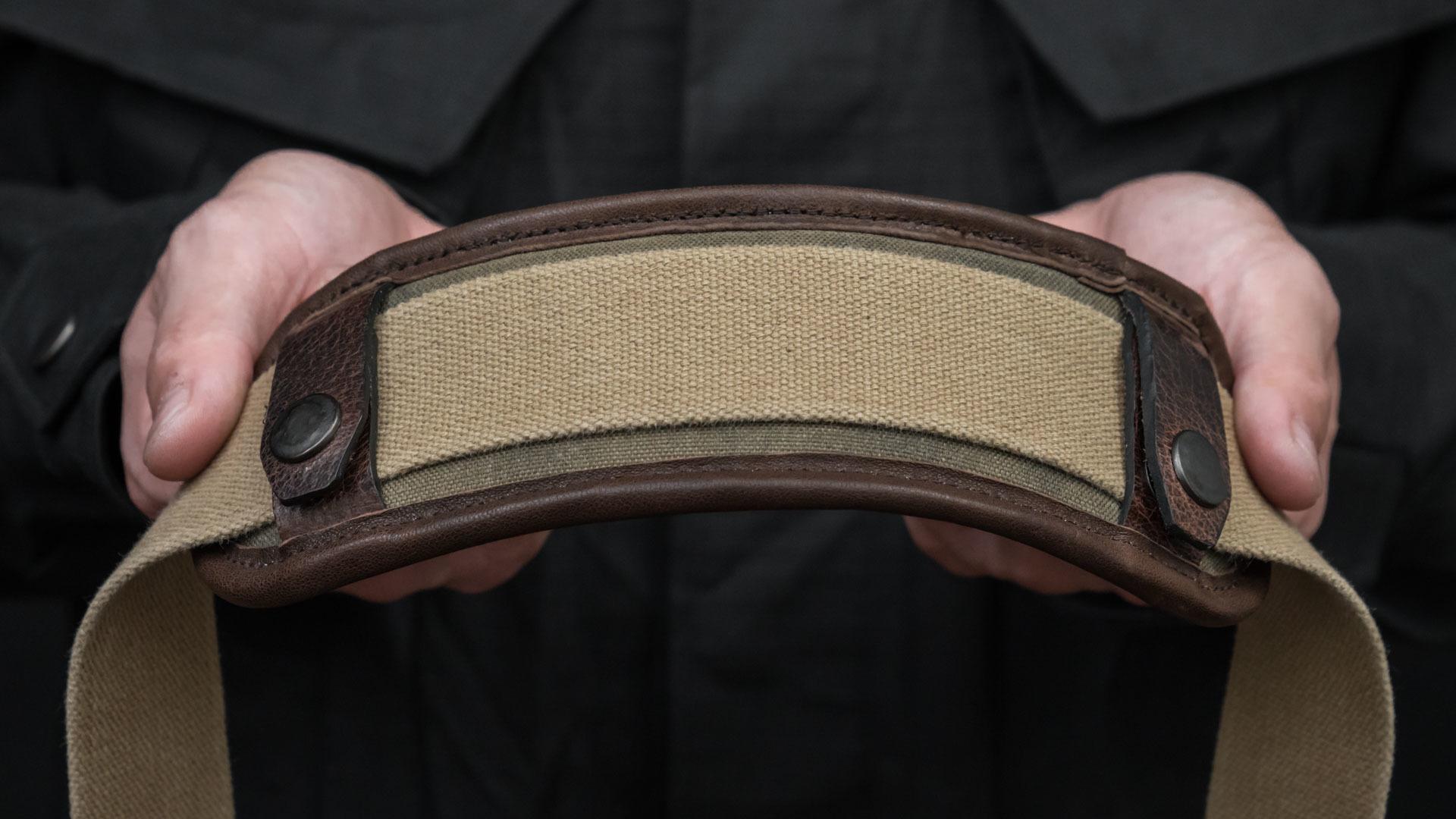 Latex foam embedded shoulder strap pad.