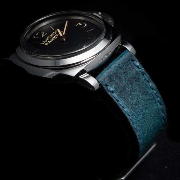 ANILINE COWHIDE STRAP, CREASED (Deep blue, for Panerai)