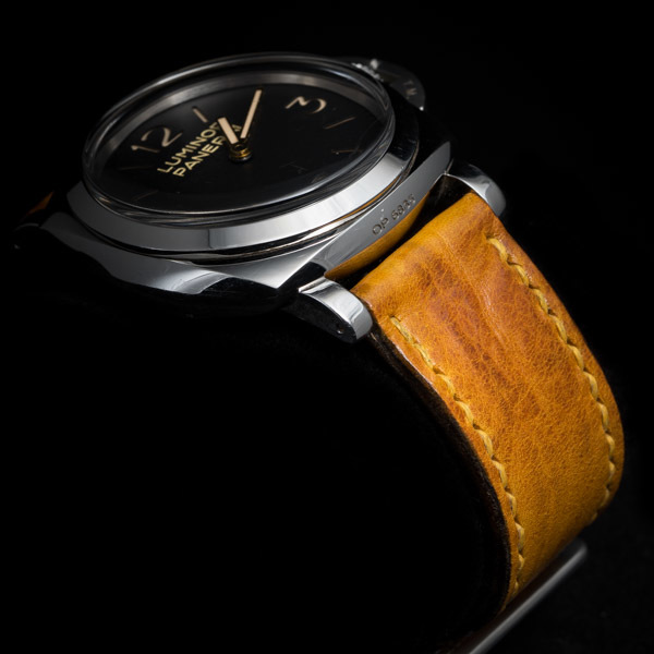 ANILINE COWHIDE STRAP, CREASED (Yellow, for Panerai)