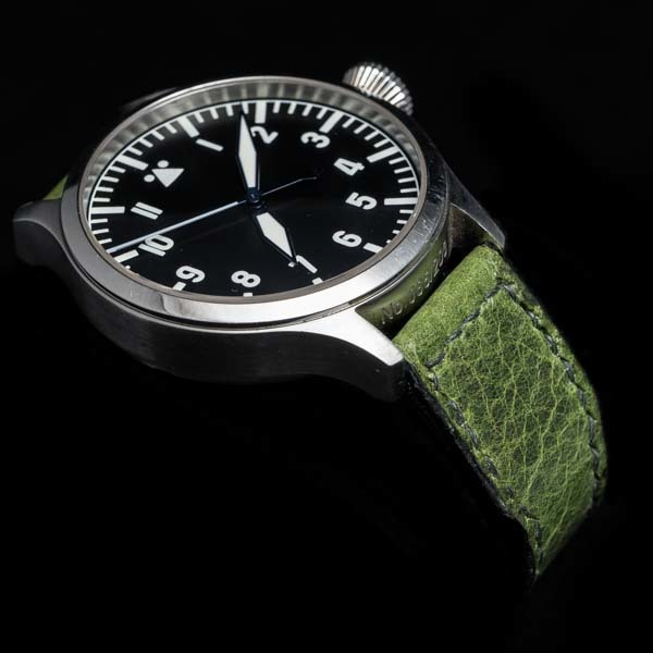 ANILINE COWHIDE STRAP, CREASED (Swamp green, for IWC)