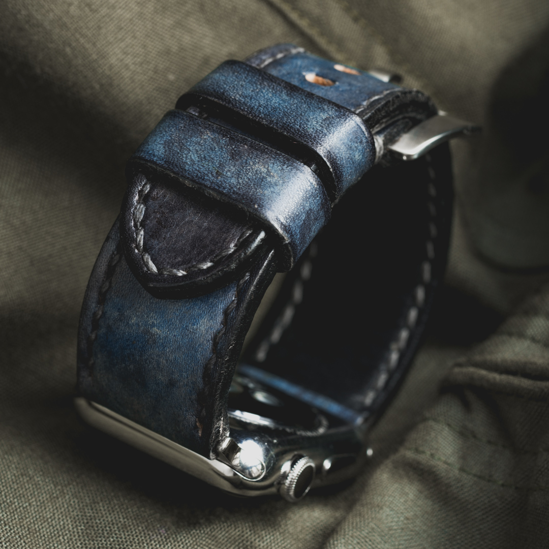 """CAMOUFLAGE"" HAND-DYED COWHIDE LEATHER STRAP, DENIM BLUE (for appleWatch)"