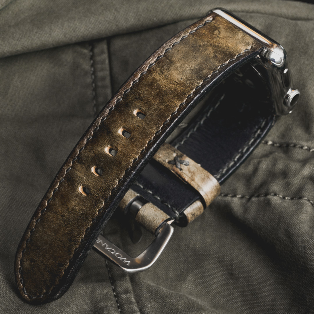 """""""CAMOUFLAGE"""" HAND-DYED COWHIDE LEATHER STRAP, SWAMP GREEN (for appleWatch)"""
