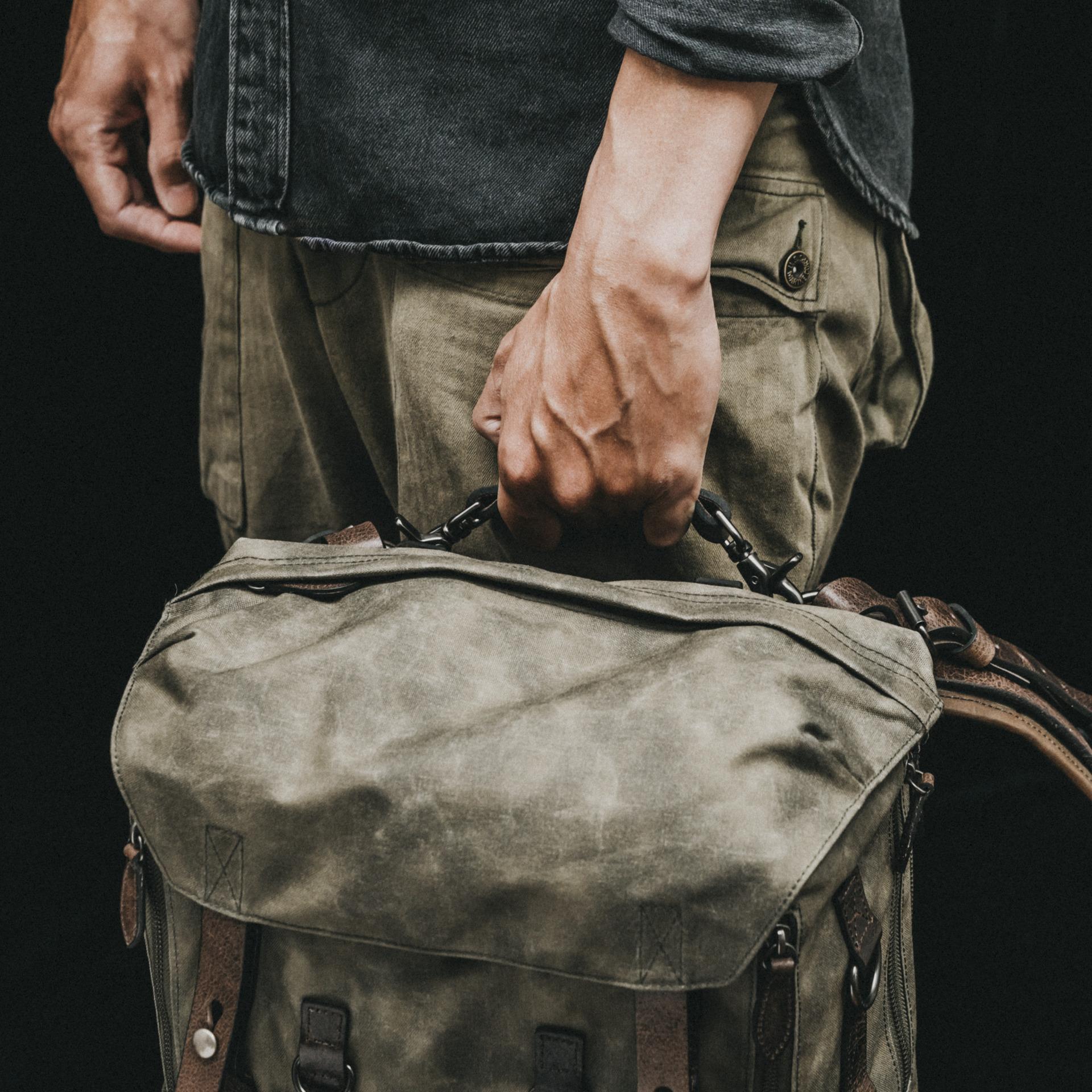 BLACK The Commander Daily Messenger Bag