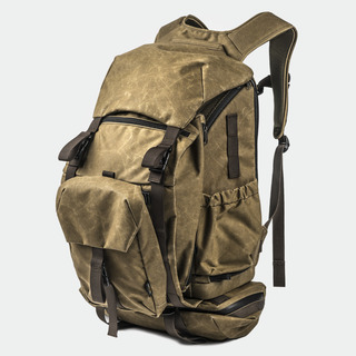 """PILOT"" TRAVEL CAMERA BACKPACK"