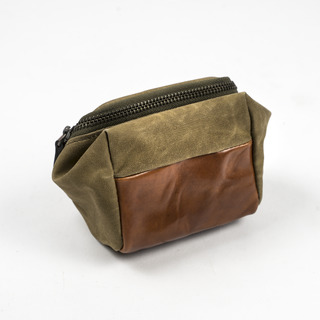 ACCESSORY POUCH (S size)