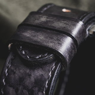 """""""CAMOUFLAGE"""" HAND-DYED COWHIDE LEATHER STRAP, STONE GREY"""