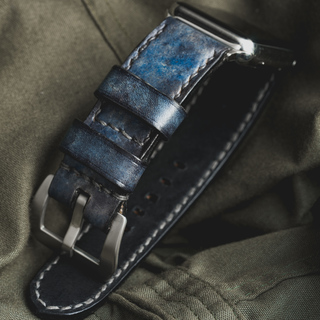 """""""CAMOUFLAGE"""" HAND-DYED COWHIDE LEATHER STRAP, DENIM BLUE (for appleWatch)"""