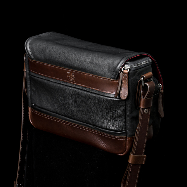 """RYKER"" FULL LEATHER CAMERA BAG (M)"