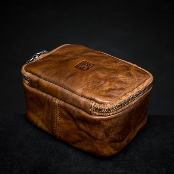WRISTWATCH TRAVEL CASE (brown, full leather)