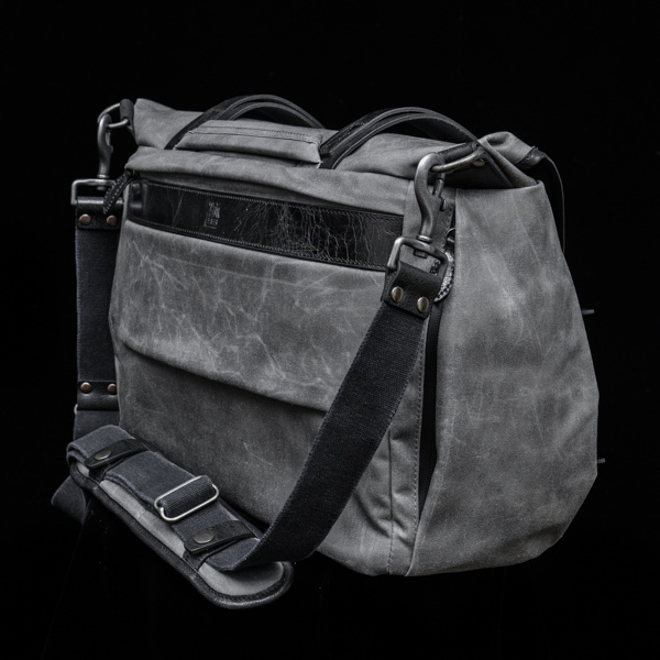 """TROOPER"" CORDURA ® NYLON CAMERA BAG (size XL)"